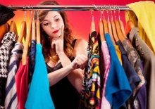 гардероб женщины, в котором есть все